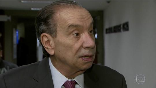 Aloysio Nunes substituirá Serra no Ministério das Relações Exteriores