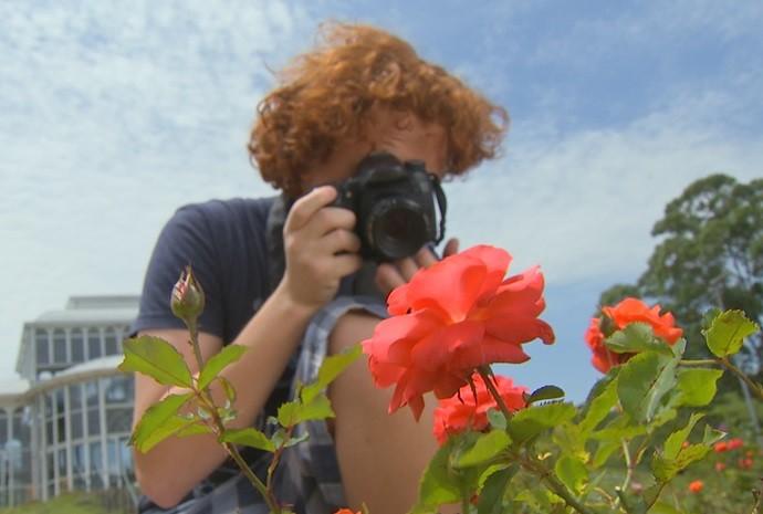 Fillipo se encantou pela fotografia quando ainda era bem pequeno (Foto: Reprodução / TV TEM)