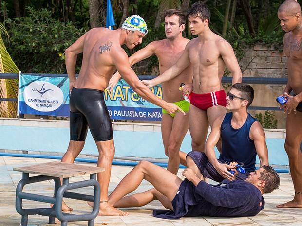 Ricardo não engole as provocações do rival (Foto: Artur Meninea/Gshow)