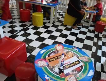 Atividade criança  (Foto: Gabriel Dantas/GloboEsporte.com)