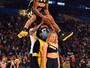Campeão, Robinson III aprendeu tarde a enterrar e é filho de craque da NBA