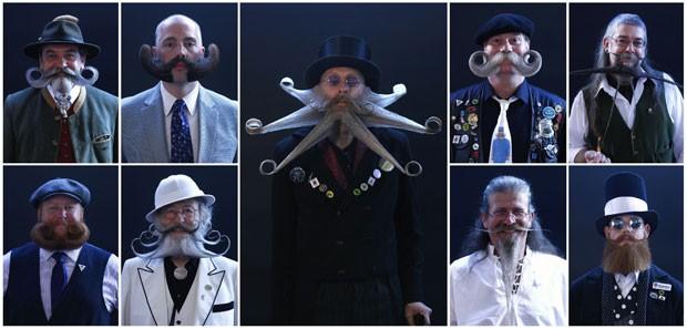 Participantes durante o Mundial de barba e bigode (Foto: Michaela Rehle/Reuters)
