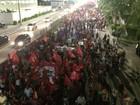 Em Natal, grupo faz ato contra impeachment de Dilma Rousseff