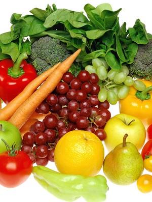 Dieta alcalina promete equilibrar o PH e ajudar na perda de peso