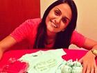 Noiva de Adriano posta presentinhos para bebê que espera com o jogador