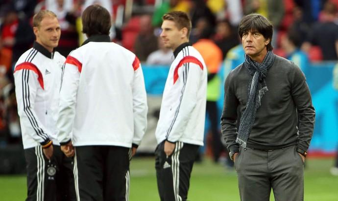 Joachim Low Alemanha x Argélia no Beira-Rio (Foto: EFE)