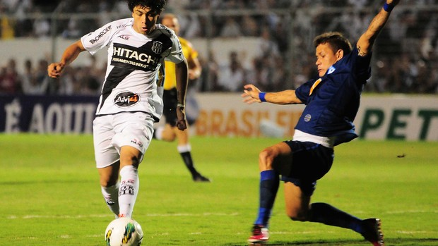 Luan e Everton Ponte Preta x Cruzeiro (Foto: Rodrigo Villalba / Futura Press)