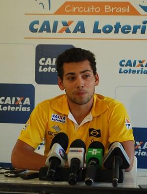 Alan Fonteles, em coletiva em São Paulo (Foto: Marcos Guerra)