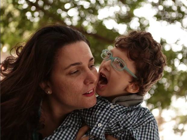 Karolina prometeu para o filho que ele seria feliz pelo resto da sua vida (Foto: Karolina Cordeiro/Arquivo Pessoal)