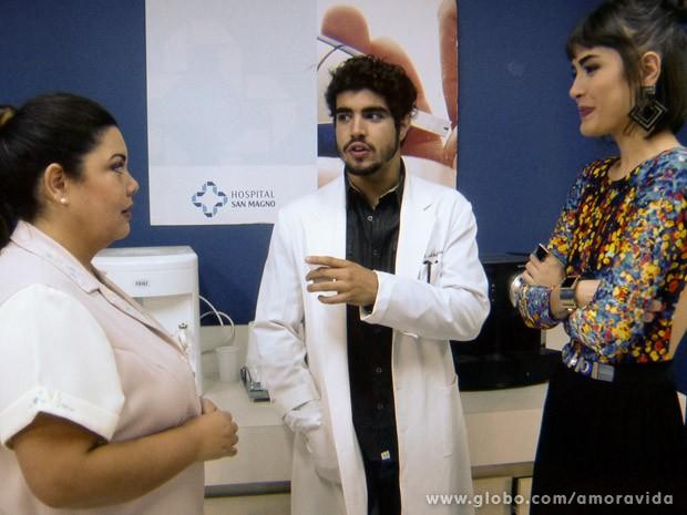 Michel tabém fica de bem com Perséfone (Foto: Amor à Vida / TV Globo)