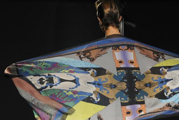 Um dos objetivos da mostra foi traduzir em peças a relação entre moda e arte (Foto: divulgação)