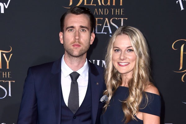 Matthew Lewis e Angela Jones (Foto: Getty Images)
