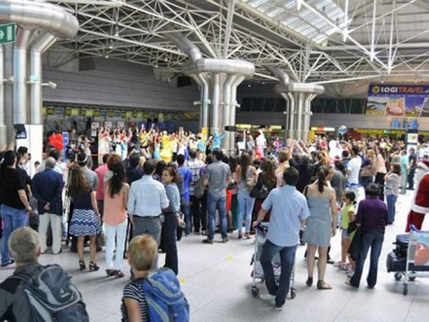 Destino mais comum dos emigrantes portugueses são as principais economias da União Europeia (Foto: Aeroportos de Portugal)