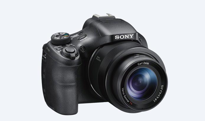 Noca câmera da Sony é voltada para profissionais da fotografia digital (Foto: Divulgação/Sony)