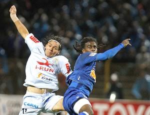 Tinga jogo Cruzeiro Libertadores (Foto: AP)