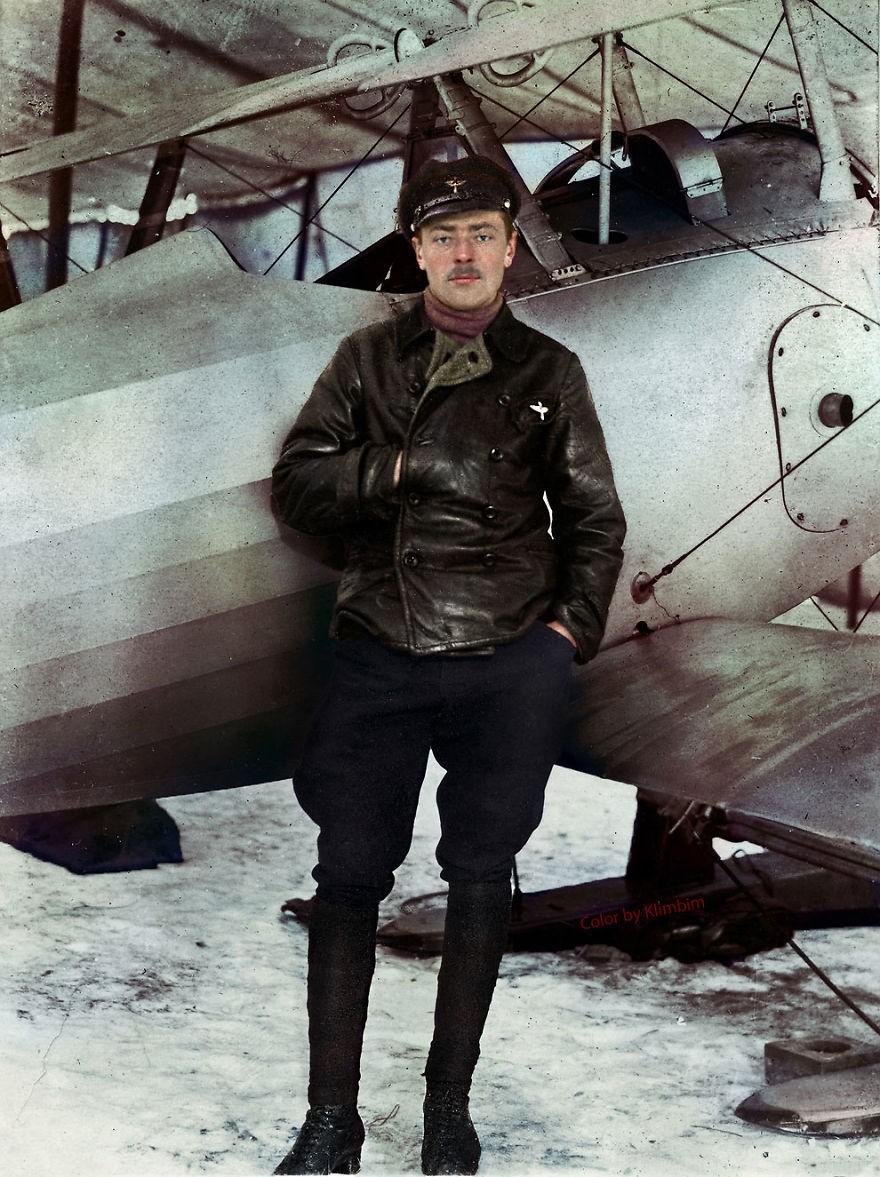 Piloto russo durante a Primeira Guerra Mundial, em 1918 (Foto: Reprodução)