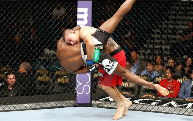 Njokuani e Pichel UFC 173 (Foto: Getty Images)