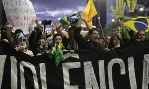 Manifestações são maior mobilização sem líder da história brasileira, dizem analistas (Alex Almeida/Reuters)
