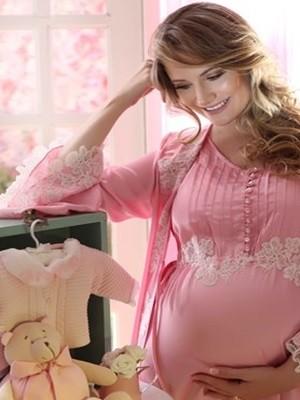 Mostra reúne fotografias de gestantes e recém-nascidos.  (Foto: Reprodução / Divulgação)