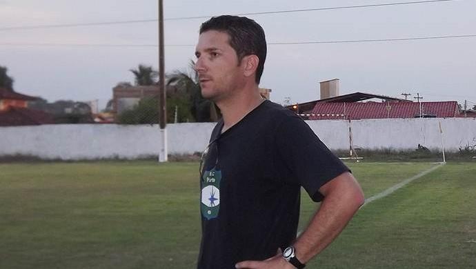 Heder Palmonari, técnico do Pimentense (Foto: Fábio Matias/Divulgação)