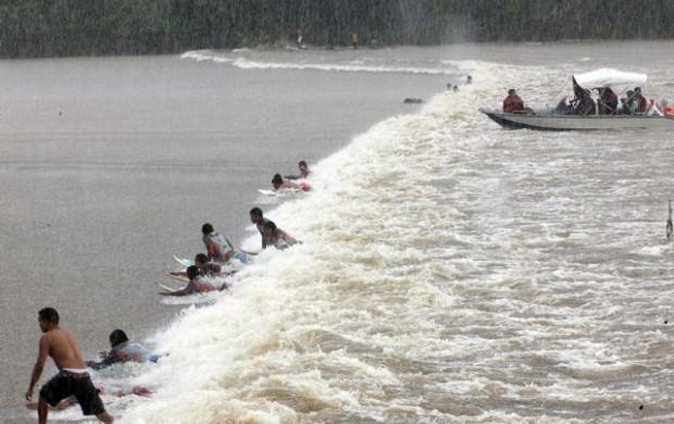 Surfe da Pororoca  (Foto: Divulgação/ Agência Pará)