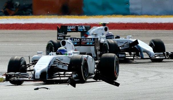 Felipe Massa ignorou o pedido da Williams para deixar Valtteri Bottas passar no GP (Foto: divulgação / reprodução)