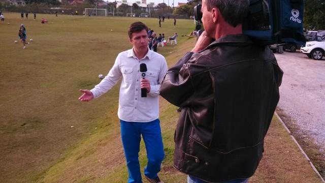 Marcelo Siqueira buscou histórias sobre crianças apaixonadas pelo time dos pais (Foto: RBS TV/Divulgação)