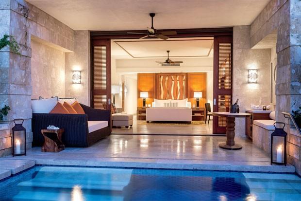 Uma das suítes com piscina privativa do Ritz-Carlton Reserve (Foto: Divulgação)