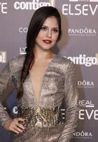 Jessika Alves fala sobre ensaio nu: 'Bebi vinho para esquentar'