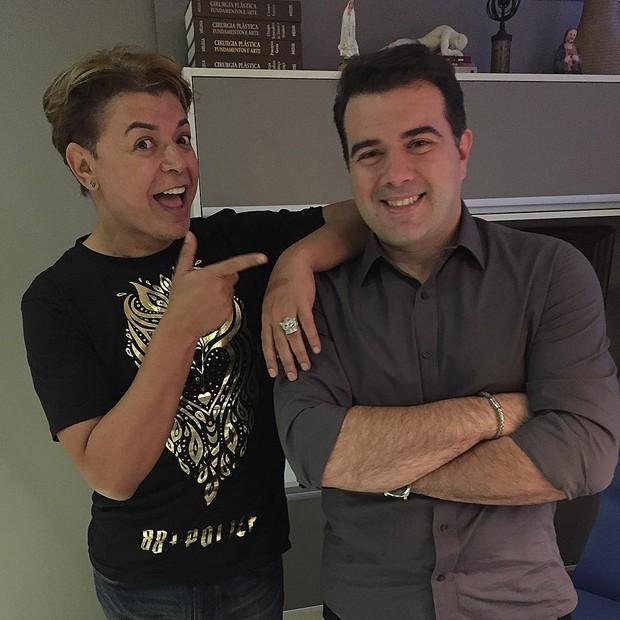 David Brazil e o médico Danilo Dias (Foto: Reprodução/Instagram)