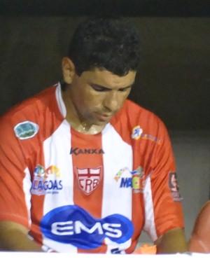 Atacante Schwenck do CRB (Foto: Paulo Victor Malta/Globoesporte.com)