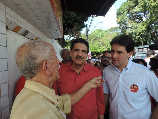 Resultado de imagem para João Paulo Lima e Silva em campanha