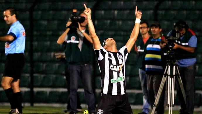 Everton Santos Figueriense x Criciúma (Foto: Luiz Henrique/ Figueirense FC)