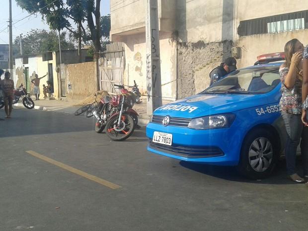 Colisão ocorreu próximo a uma empresa de ônibus no Parque Presidente Vargas, em Campos (Foto: Diego Corrêa/Folha da Manhã)
