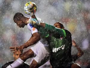 Santos x Santa Cruz Copete Tiago Cardoso (Foto: Marcos Ribolli)