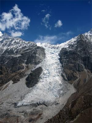 Região da geleira de Kimjung, no Himalaia (Foto:  S. Bajracharya/Divulgação)