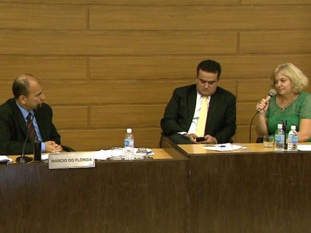 Secretária de Saúde de Franca, SP, Rosane Moscardini, presta depoimento na Câmara (Foto: Márcio Meirelles/EPTV)