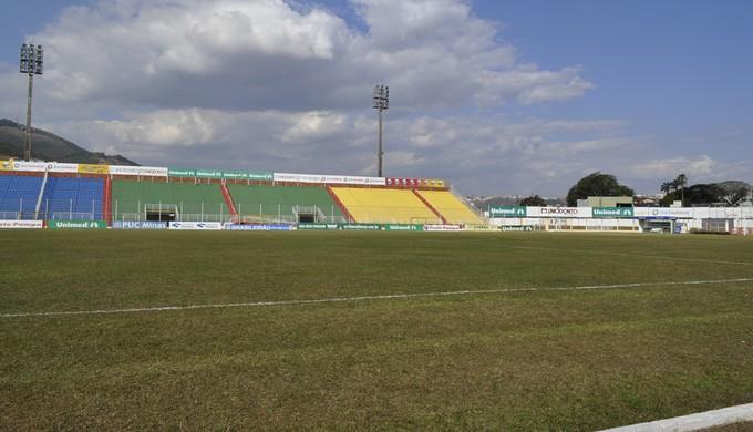 Estádio Municipal Dr. Ronaldo Junqueira; Ronaldão; Poços de Caldas; Caldense (Foto: Lúcia Ribeiro)