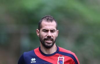 Zagueiro Zé Roberto volta de lesão, mas trio do Paraná Clube segue fora