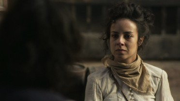 Joaquina revela sua identidade a Xavier