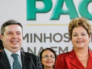 Dilma participa de evento em Belo Horizonte ao lado do governador de Minas, Antônio Anastasia (Foto: Roberto Stuckert Filho/PR)