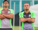 Estreia à vista: Zé Love treina e deve ser titular nesta quarta contra Joinville