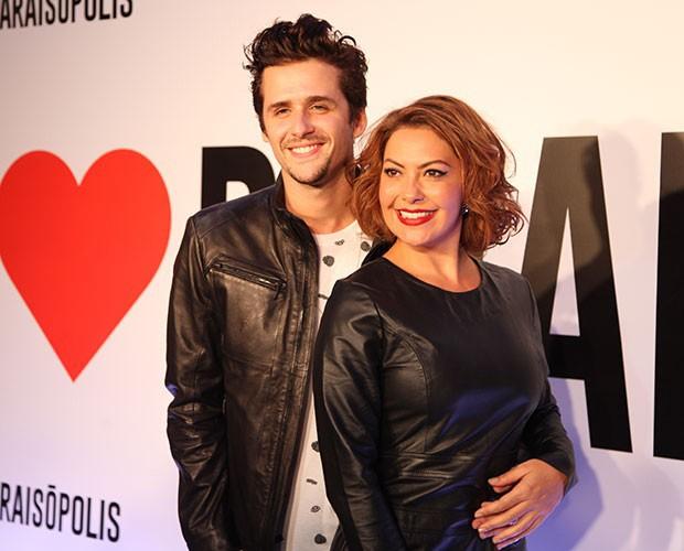 Fabiula e Gil foram juntos à festa de lançamento de I Love Paraisópolis (Foto: Fabiano Battaglin/Gshow)