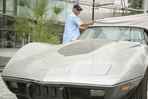 George Talley recuperou 33 anos depois seu Corvette 1979 que havia sido roubado (Foto: John F. Martin/General Motors Co/Reuters)