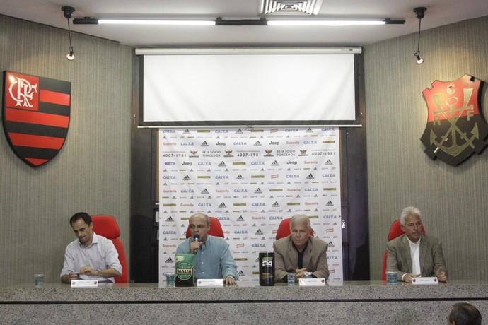Biscotto apresentação (Foto: Gilvan de Souza/ Flamengo Oficial)
