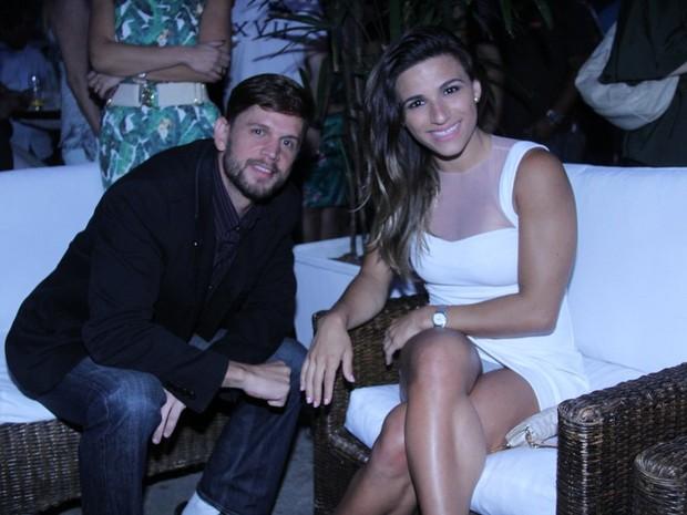 Jade Barbosa com um amigo em premiação no Rio (Foto: Thiago Mattos/ Ag. News)