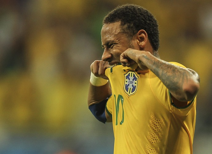Neymar Brasil x Peru (Foto: EFE)