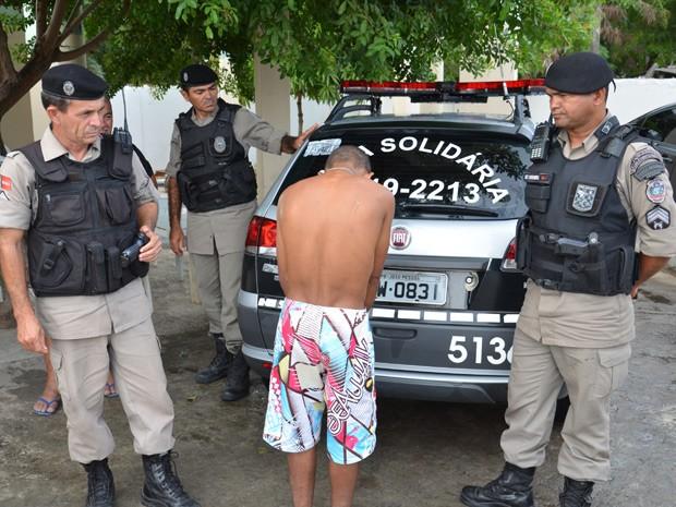 Até as 9h desta segunda-feira (19), apenas um mandado havia sido cumprido em João Pessoa, segundo Polícia Militar (Foto: Walter Paparazzo/G1)