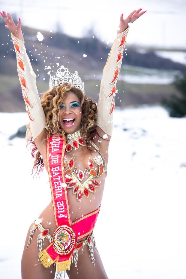 Veronice, Rainha do Carnaval 2014 (Foto: Adriano / Art & Excellence Divulgação)