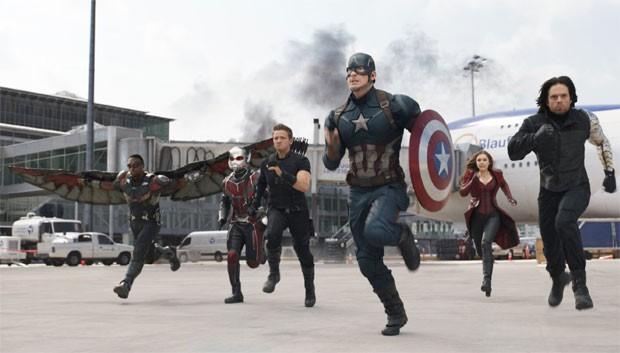 Capitão América recruta alguns dos Vingadores para lutar ao seu lado em 'Guerra Civil' (Foto: Divulgação/Marvel)